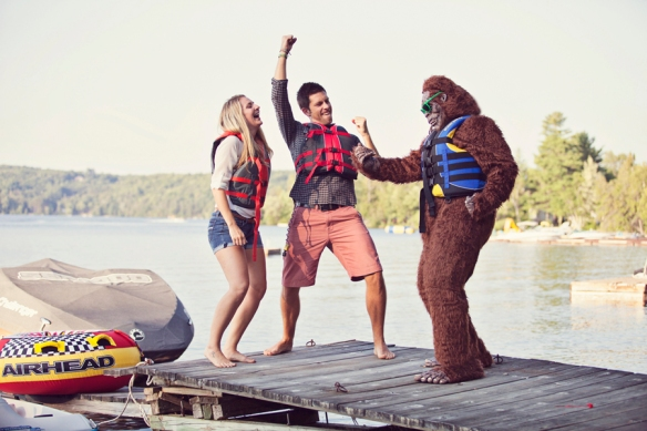 bigfoot-engagement-haibrton-cottage-27