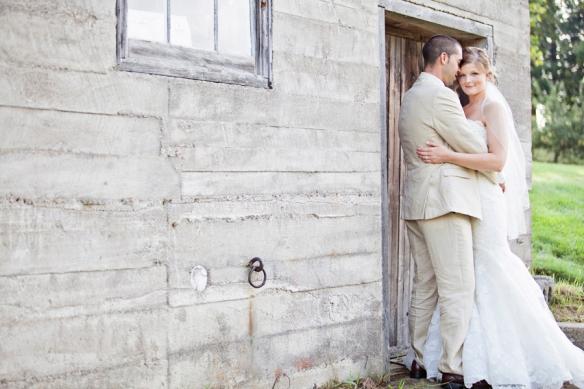 barn wedding rustic elegant