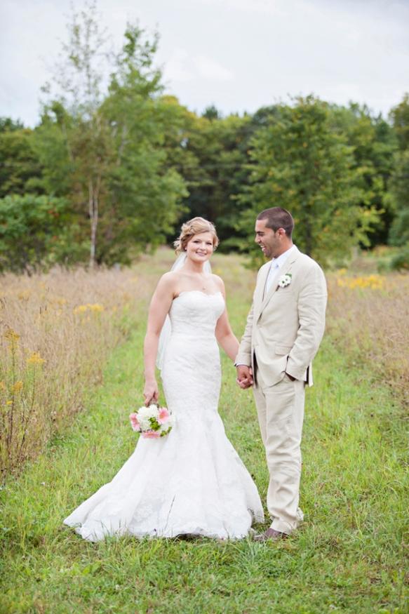 bride groom field