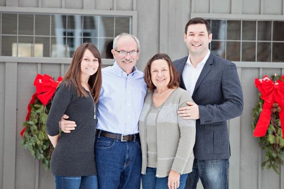 Family Portrait Christmas in Haliburton