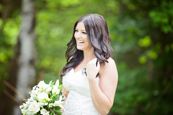 haliburton-bride-bonnieview