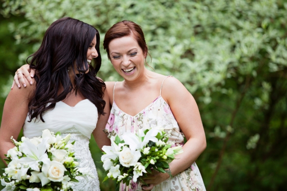 laugh-bride-haliburton