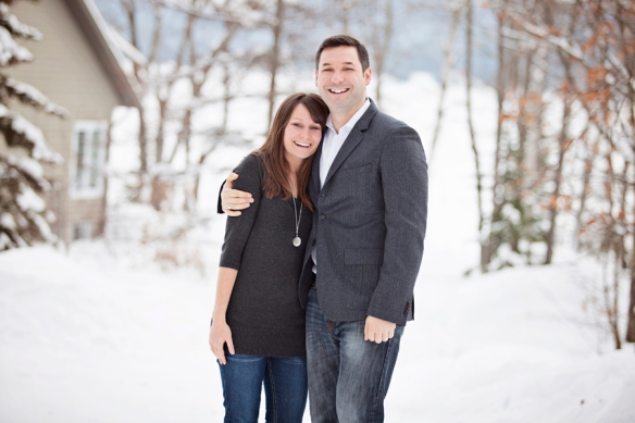 siblings-snow-portrait-haliburton