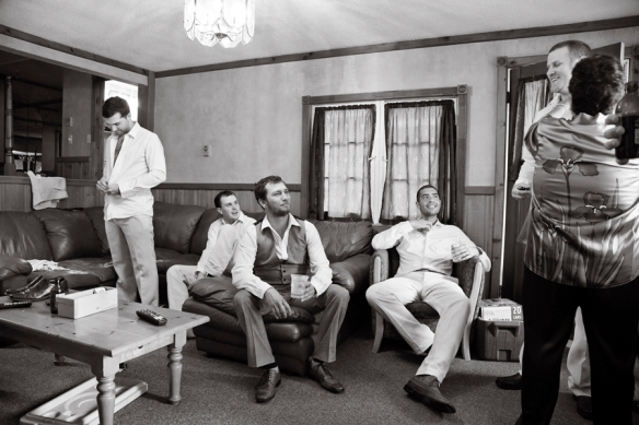 wedding-groom-cottage-haliburton