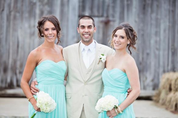 groom with sisters wedding